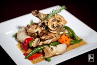 Grilled Chicken at Ello Sports Lounge